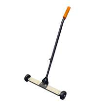"13"" Magnetic Sweeper"